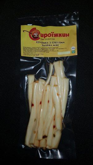 Сыр Сулугуни соломка со специями паприка микс 50 гр